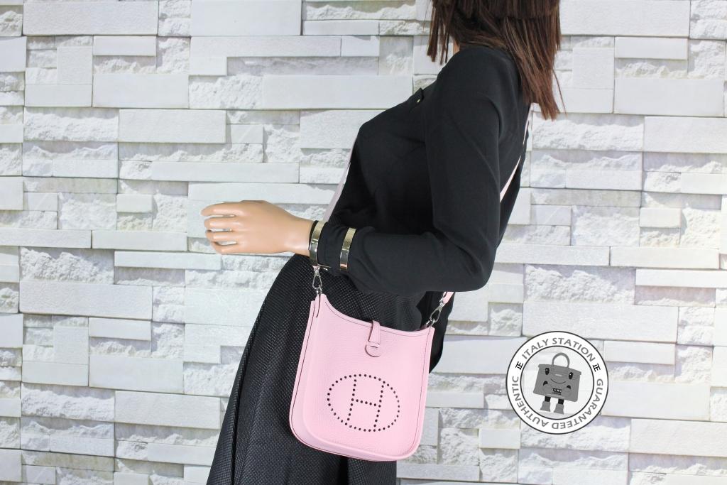 IS030427 -- Hermes Rose Sakura Tpm Mini Evelyne Togo Shoulder Bag 1971eed690